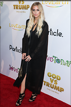 Celebrity Photo: Ashlee Simpson 3109x4664   1.2 mb Viewed 32 times @BestEyeCandy.com Added 125 days ago