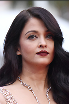 Celebrity Photo: Aishwarya Rai 2001x3000   959 kb Viewed 261 times @BestEyeCandy.com Added 742 days ago