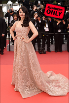 Celebrity Photo: Aishwarya Rai 3088x4640   3.2 mb Viewed 5 times @BestEyeCandy.com Added 680 days ago