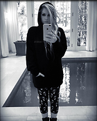 Celebrity Photo: Avril Lavigne 1200x1499   213 kb Viewed 61 times @BestEyeCandy.com Added 114 days ago