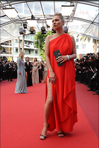 Celebrity Photo: Kate Moss 2048x3072   1,102 kb Viewed 78 times @BestEyeCandy.com Added 704 days ago