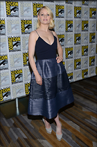 Celebrity Photo: Emilie de Ravin 11 Photos Photoset #334672 @BestEyeCandy.com Added 574 days ago