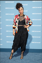 Celebrity Photo: Alicia Keys 2100x3150   870 kb Viewed 53 times @BestEyeCandy.com Added 251 days ago