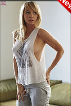 Celebrity Photo: Sara Jean Underwood 921x1382   158 kb Viewed 52 times @BestEyeCandy.com Added 29 hours ago