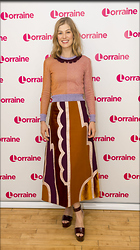 Celebrity Photo: Rosamund Pike 1200x2142   260 kb Viewed 57 times @BestEyeCandy.com Added 86 days ago