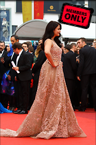 Celebrity Photo: Aishwarya Rai 2034x3047   2.1 mb Viewed 5 times @BestEyeCandy.com Added 742 days ago