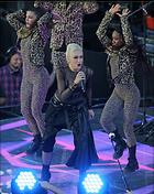 Celebrity Photo: Gwen Stefani 1800x2260   1,092 kb Viewed 54 times @BestEyeCandy.com Added 465 days ago