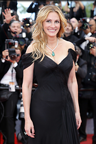 Celebrity Photo: Julia Roberts 3456x5184   1.1 mb Viewed 6 times @BestEyeCandy.com Added 43 days ago