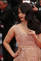 Celebrity Photo: Aishwarya Rai 2868x4302   1.2 mb Viewed 139 times @BestEyeCandy.com Added 800 days ago