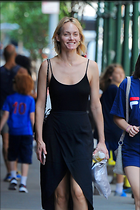 Celebrity Photo: Amber Valletta 3 Photos Photoset #331202 @BestEyeCandy.com Added 610 days ago