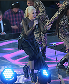 Celebrity Photo: Gwen Stefani 1800x2180   794 kb Viewed 64 times @BestEyeCandy.com Added 465 days ago