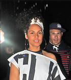 Celebrity Photo: Alicia Keys 1200x1350   212 kb Viewed 99 times @BestEyeCandy.com Added 694 days ago