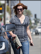 Celebrity Photo: Alyson Hannigan 5 Photos Photoset #335481 @BestEyeCandy.com Added 324 days ago