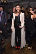 Celebrity Photo: Anne Hathaway 1663x2500   376 kb Viewed 31 times @BestEyeCandy.com Added 136 days ago