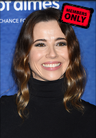 Celebrity Photo: Linda Cardellini 2932x4200   2.2 mb Viewed 3 times @BestEyeCandy.com Added 264 days ago