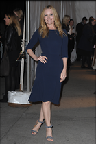 Celebrity Photo: Leslie Mann 2100x3150   1.2 mb Viewed 144 times @BestEyeCandy.com Added 916 days ago
