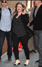 Celebrity Photo: Kelly Clarkson 1200x1901   381 kb Viewed 77 times @BestEyeCandy.com Added 250 days ago