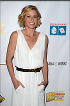 Celebrity Photo: Julie Bowen 3264x4928   746 kb Viewed 15 times @BestEyeCandy.com Added 67 days ago