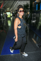 Celebrity Photo: Alicia Keys 1200x1800   294 kb Viewed 49 times @BestEyeCandy.com Added 142 days ago