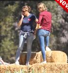 Celebrity Photo: Jennifer Garner 1000x1085   120 kb Viewed 26 times @BestEyeCandy.com Added 3 days ago