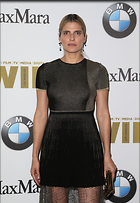 Celebrity Photo: Lake Bell 2207x3200   1,094 kb Viewed 63 times @BestEyeCandy.com Added 218 days ago