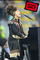 Celebrity Photo: Alicia Keys 1488x2232   2.7 mb Viewed 7 times @BestEyeCandy.com Added 673 days ago