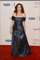 Celebrity Photo: Lynda Carter 2100x3150   787 kb Viewed 103 times @BestEyeCandy.com Added 291 days ago