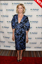 Celebrity Photo: Julie Bowen 1200x1800   329 kb Viewed 5 times @BestEyeCandy.com Added 21 hours ago