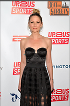Celebrity Photo: Jennifer Nettles 1200x1803   236 kb Viewed 182 times @BestEyeCandy.com Added 3 years ago