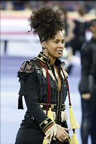 Celebrity Photo: Alicia Keys 1200x1800   239 kb Viewed 86 times @BestEyeCandy.com Added 688 days ago