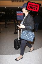 Celebrity Photo: Jenna Elfman 3744x5616   2.8 mb Viewed 0 times @BestEyeCandy.com Added 89 days ago