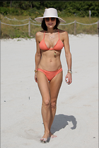 Celebrity Photo: Bethenny Frankel 2021x3000   554 kb Viewed 76 times @BestEyeCandy.com Added 341 days ago
