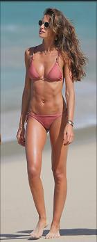 Celebrity Photo: Izabel Goulart 1200x2984   322 kb Viewed 33 times @BestEyeCandy.com Added 44 days ago