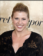 Celebrity Photo: Jodie Sweetin 6 Photos Photoset #327558 @BestEyeCandy.com Added 794 days ago