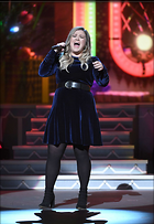 Celebrity Photo: Kelly Clarkson 1200x1738   198 kb Viewed 78 times @BestEyeCandy.com Added 190 days ago