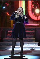 Celebrity Photo: Kelly Clarkson 1200x1738   198 kb Viewed 84 times @BestEyeCandy.com Added 221 days ago