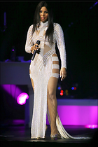 Celebrity Photo: Toni Braxton 1200x1800   274 kb Viewed 108 times @BestEyeCandy.com Added 386 days ago