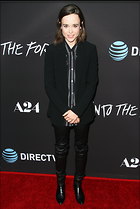 Celebrity Photo: Ellen Page 3170x4728   1,047 kb Viewed 105 times @BestEyeCandy.com Added 631 days ago