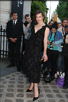 Celebrity Photo: Milla Jovovich 1200x1800   259 kb Viewed 22 times @BestEyeCandy.com Added 62 days ago