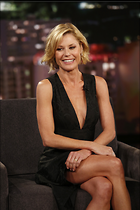 Celebrity Photo: Julie Bowen 2001x3000   820 kb Viewed 216 times @BestEyeCandy.com Added 110 days ago