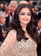 Celebrity Photo: Aishwarya Rai 1200x1626   289 kb Viewed 181 times @BestEyeCandy.com Added 712 days ago