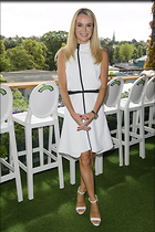 Celebrity Photo: Amanda Holden 2667x4000   1,109 kb Viewed 361 times @BestEyeCandy.com Added 446 days ago