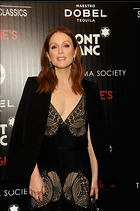 Celebrity Photo: Julianne Moore 1200x1806   307 kb Viewed 48 times @BestEyeCandy.com Added 18 days ago