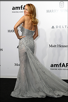 Celebrity Photo: Heather Graham 2735x4103   1,089 kb Viewed 135 times @BestEyeCandy.com Added 447 days ago