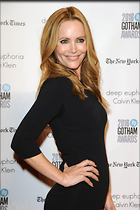 Celebrity Photo: Leslie Mann 2100x3150   433 kb Viewed 139 times @BestEyeCandy.com Added 705 days ago