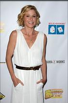 Celebrity Photo: Julie Bowen 1200x1812   173 kb Viewed 4 times @BestEyeCandy.com Added 20 days ago