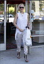 Celebrity Photo: Gwen Stefani 2060x3000   564 kb Viewed 78 times @BestEyeCandy.com Added 317 days ago