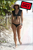 Celebrity Photo: Bethenny Frankel 2200x3300   1.3 mb Viewed 9 times @BestEyeCandy.com Added 520 days ago
