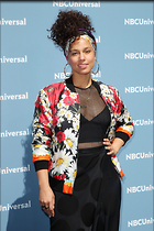 Celebrity Photo: Alicia Keys 2100x3150   873 kb Viewed 64 times @BestEyeCandy.com Added 251 days ago