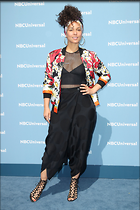 Celebrity Photo: Alicia Keys 2100x3150   898 kb Viewed 65 times @BestEyeCandy.com Added 432 days ago